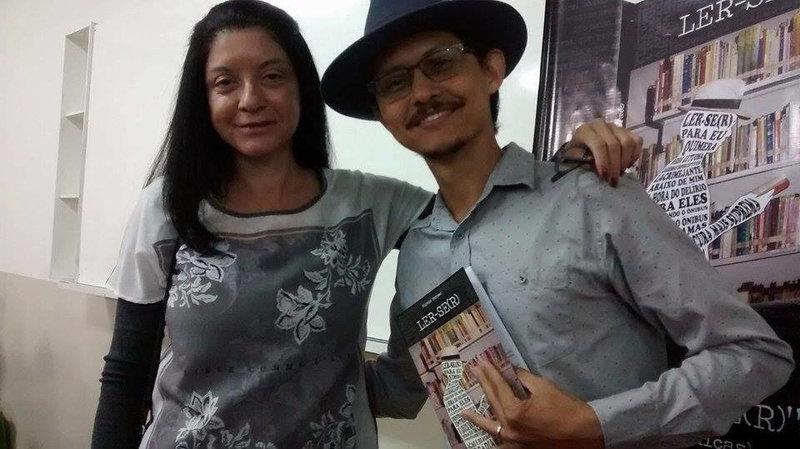 Com os escritores Mara Narciso e Márcio Moraes