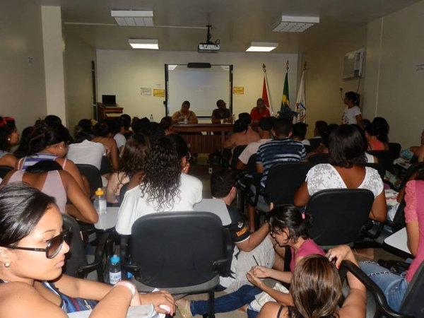 Mesa de Sexualidade e Gênero realizada na UFPA-Belém. Palestrante e integrante da Comissão organizadora do encontro.