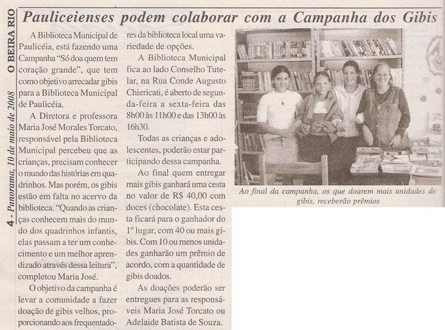 A Diretora e Professora Maria José em atividade na Biblioteca em Paulicéia - Brasil.