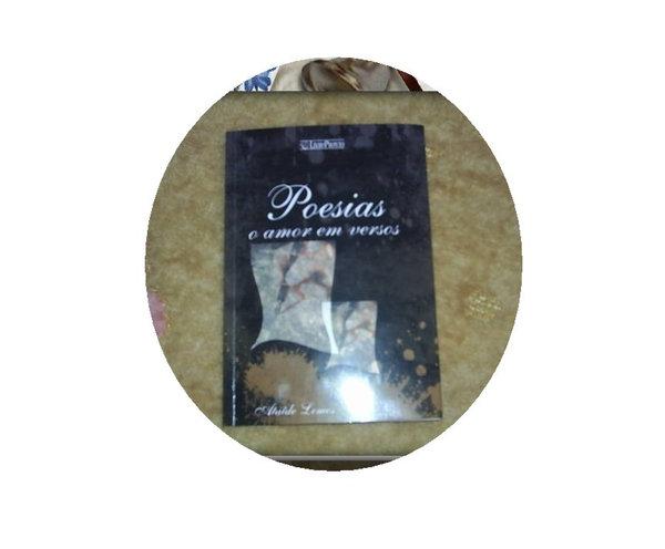 Este é meu mais recente livro de poesias, nele o leitor se delicia com vários poemas divididos em Poeias de Amor, Amizade, Pensamentos, Espirituais, Saudades, Sensuais e outros