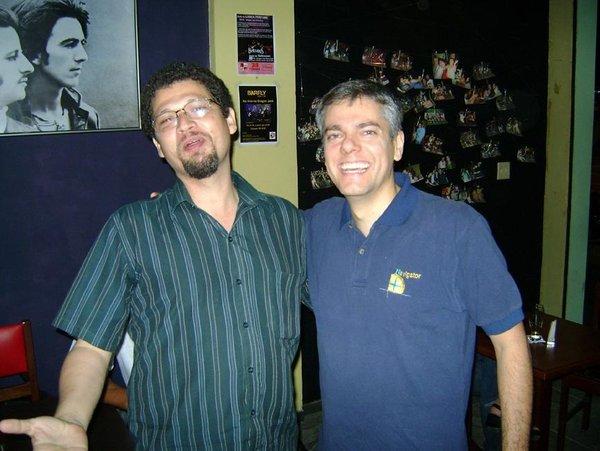 William Mendonça e João Paulo fazendo piada sobre a forma física depois dos 40 ...