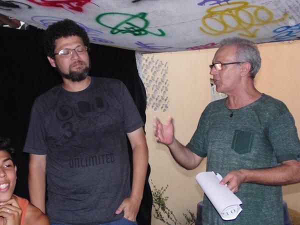 O autor, William Mendonça, e o diretor da leitura dramatizada, Zeca Palácio, falam sobre sua longa parceria no teatro.